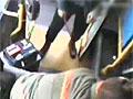 """实拍""""奥迪男""""持车锁狂殴女公交司机"""