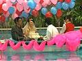 80后青年水上慈善婚礼近10万礼金帮助孤儿