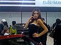 实拍北京车展最受追捧的性感混血车模