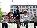 河南郑州12岁男孩身高1.93米梦想进入NBA