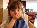 超萌两岁德国小女孩背诵中文诗
