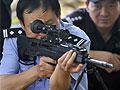 咬人藏獒连中两枪不死 警方4枪将其击毙