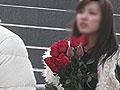 圣诞节郑州某影院里小伙为爱上演疯狂求婚