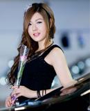 韩国车模黄美姬