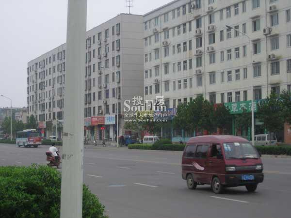 九龙城外景图
