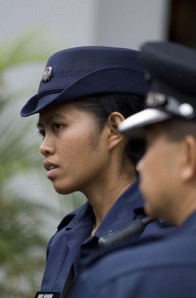 女警察照片-全球女警花魅力大PK