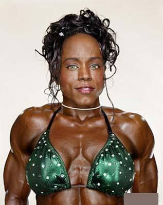 世界上最强壮的肌肉女
