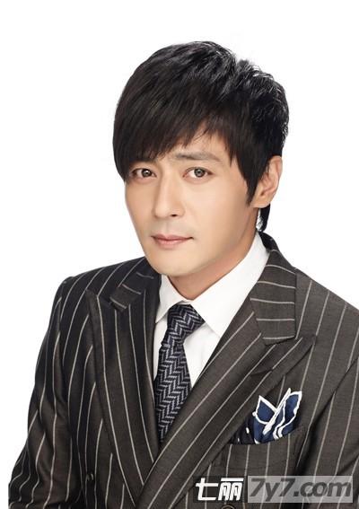 张东健短发造型 极致演绎中年男人成熟魅力