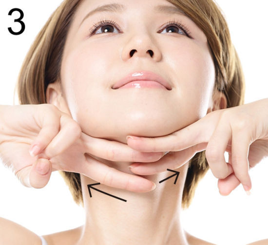 抢救低头族松弛双下巴 让肌肤年龄倒退 新浪