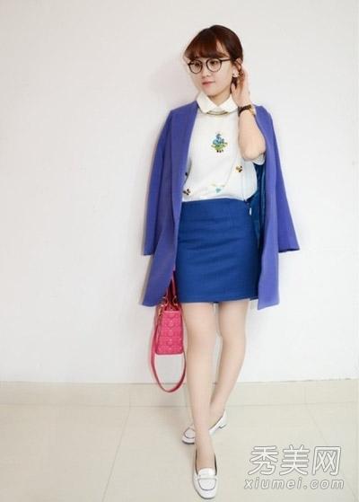 蓝色包裙配什么上衣-蓝色短裙配什么颜色上衣呢?
