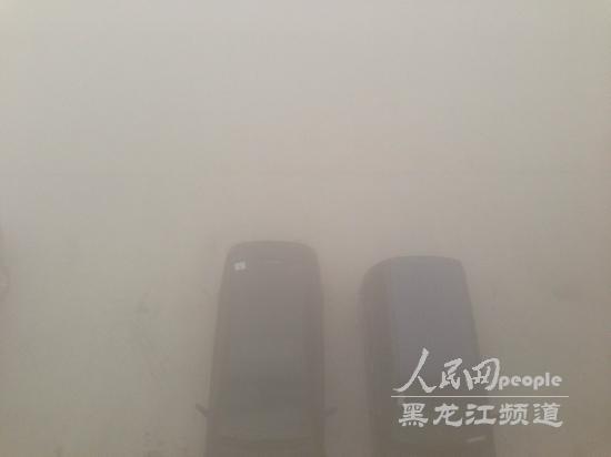 哈尔滨市各幼儿园小学初中因雾霾天气22日仍停课