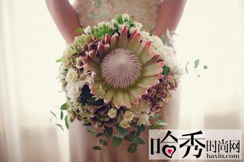 婚礼欧式鲜花花坛路引