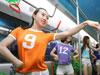 足球宝贝地铁热舞