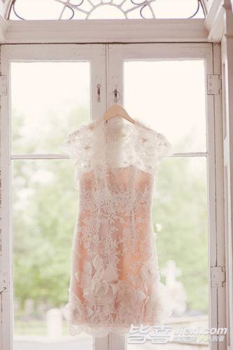 婚纱为什么不能垂挂