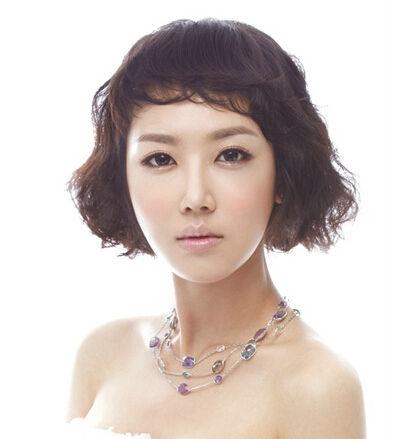 韩式短发新娘发型 打造简约气质女神