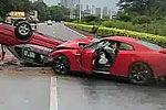 跑车男醉酒飙车撞上两辆的士致3人死