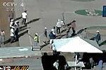 监控录像记录墨西哥监狱骚乱现场