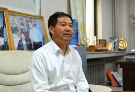 蓝翔校长接受采访称妻子是邪教组织成员
