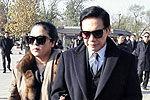 向华胜病逝北京出殡 向华强向太吊唁
