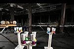 实拍飞行机器人配合默契演奏交响乐