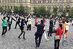 中国大妈莫斯科红场跳广场舞 引来警察