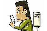 小伙上厕所玩半小时手机晕倒成植物人